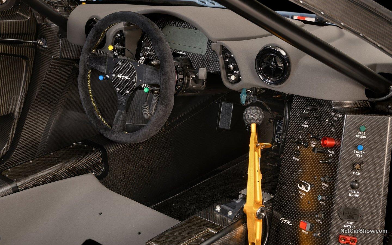 McLaren F1 GTR 1997 a571297c