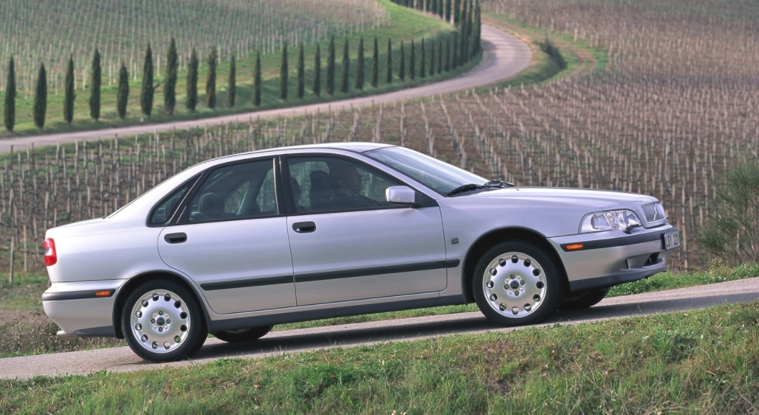 Volvo 40 S40 1995 Sans titre 86