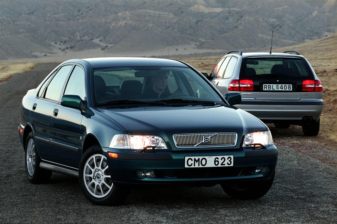 Volvo 40 S40 & V40 1995 media