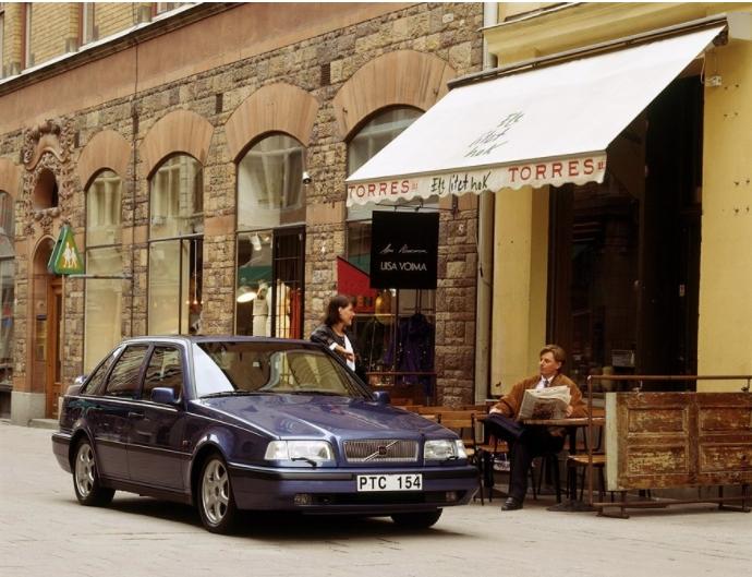 Volvo 440 1988 media D