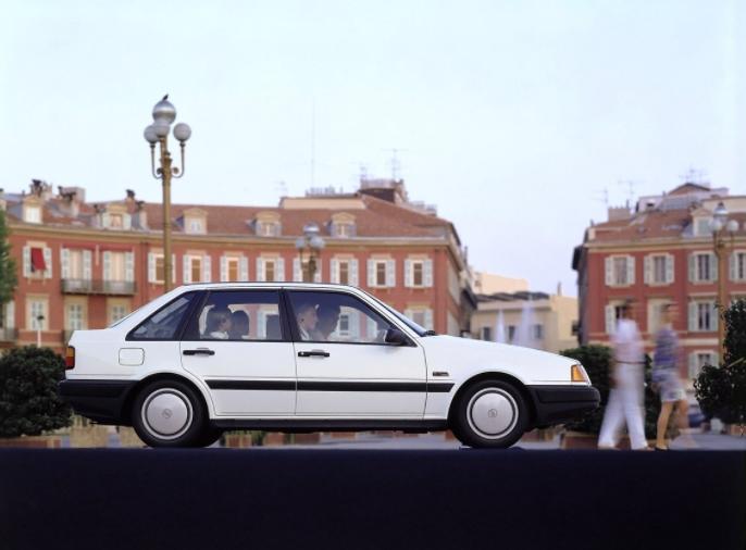 Volvo 440 GLE 1988