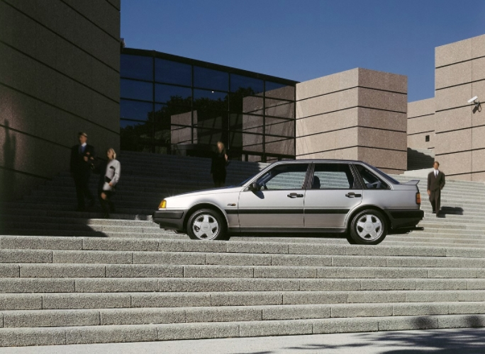 Volvo 440 Turbo 1988 media B