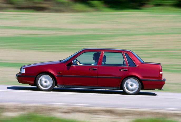 Volvo 460 Turbo 1990 media D