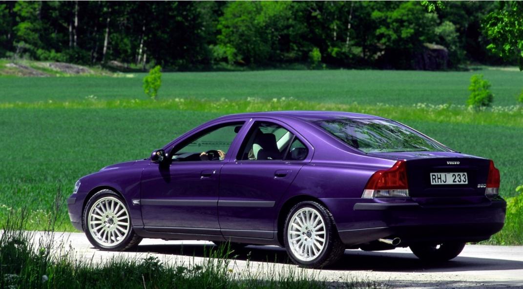 Volvo 60 S60 2000 media l