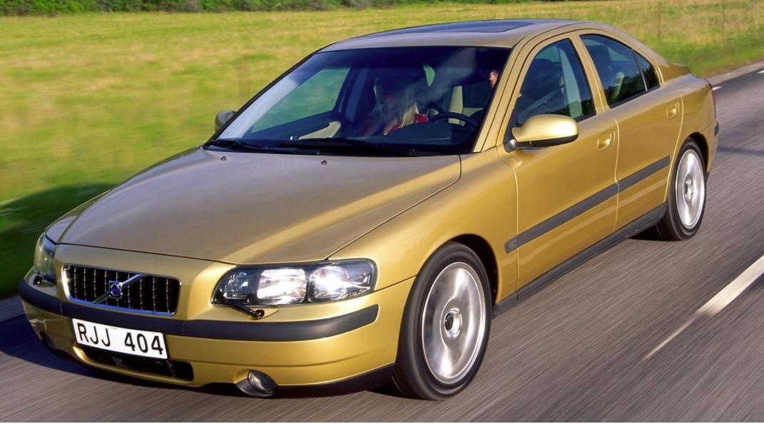 Volvo 60 S60 2000 mediav b (2)