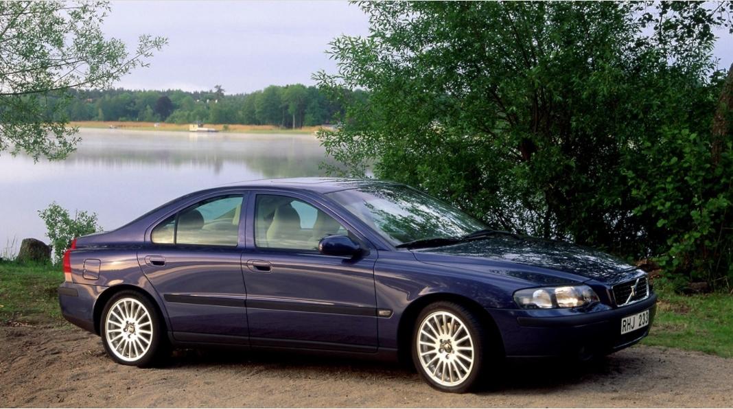 Volvo 60 S60 2000 mediav b