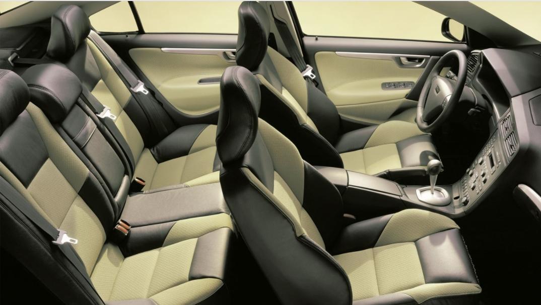 Volvo 60 S60 2000 mediav i