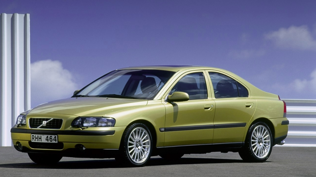 Volvo 60 S60 2000 mediav n