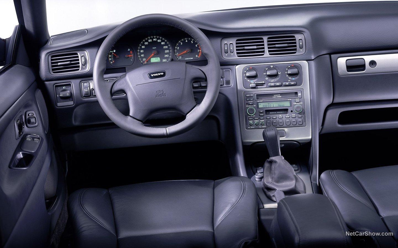 Volvo 70 C70 Convertible 2001 7acb287a