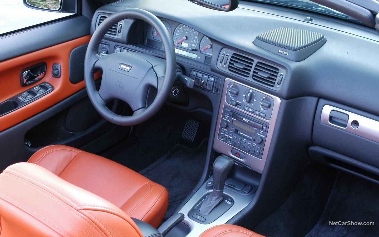Volvo 70 C70 Convertible 2004 7111b050