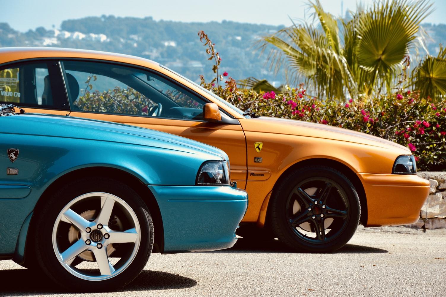 Volvo 70 C70  Coupe 1997 ManuelMena Unsplashphoto photo-1574935268041-f8cc6af964c8