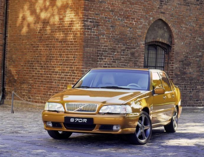 Volvo 70 S70 R 1996 mediav 3