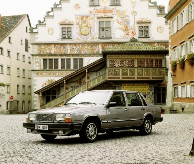 Volvo 760 GLE 1985 Sans titre 100