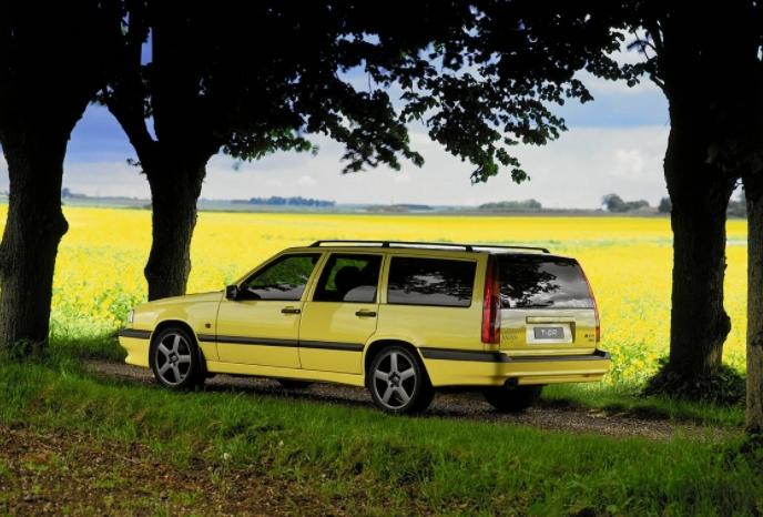 Volvo 850 T5-R 1993 media