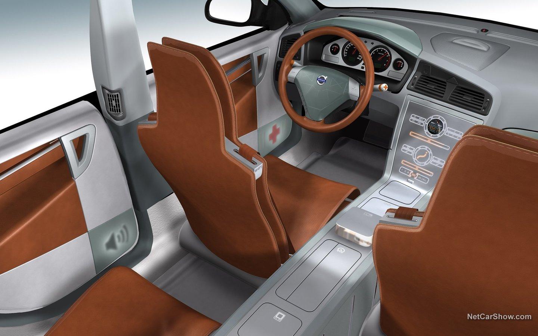 Volvo ACC-2 Concept 2002 3b77d4e2