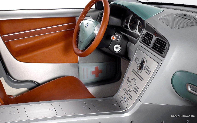 Volvo ACC-2 Concept 2002 8a18f0a2