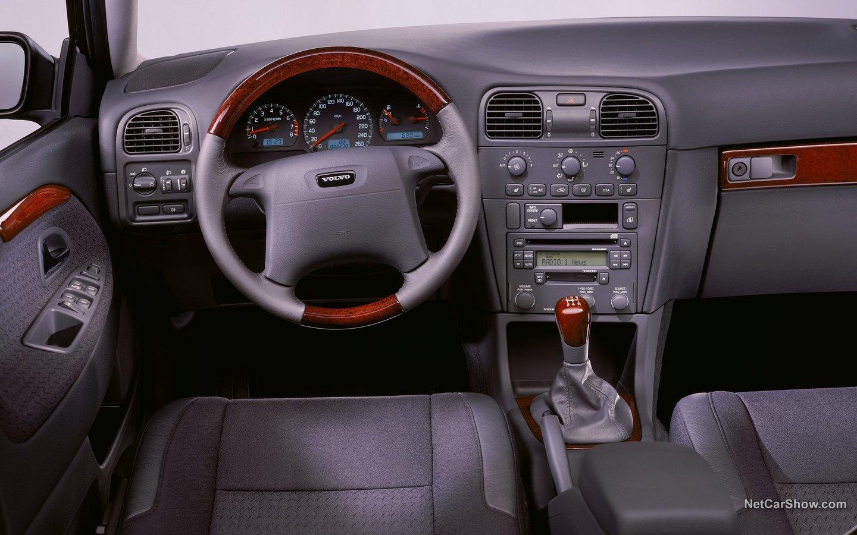 Volvo S40 2001 6c289918