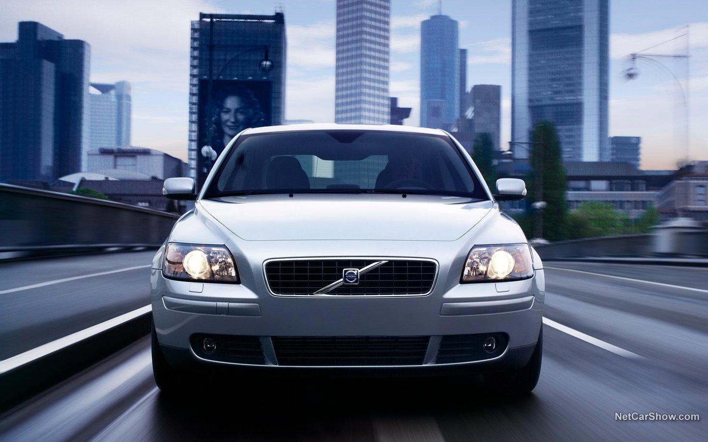 Volvo S40 2004 28038c00
