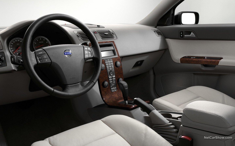 Volvo S40 2004 d2a5cbab