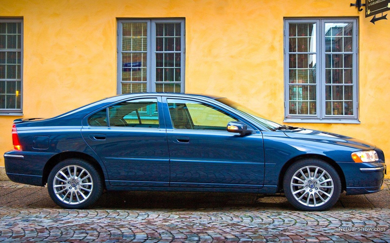 Volvo S60 2007 8ce8c00f