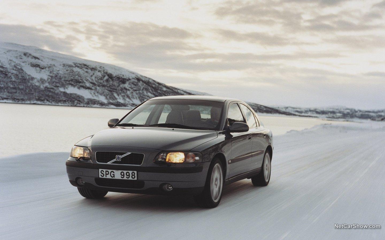 Volvo S60 AWD 2002 19913ad3