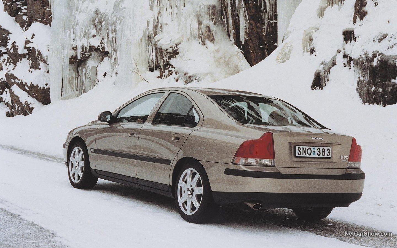 Volvo S60 AWD 2002 24d9857a
