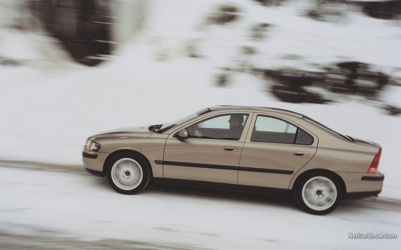 Volvo S60 AWD 2002 64fdfcb3