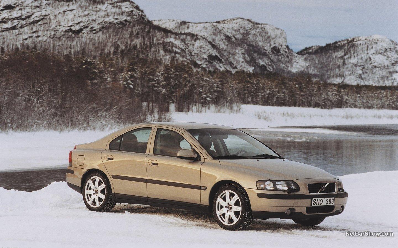 Volvo S60 AWD 2002 b67e8aa9
