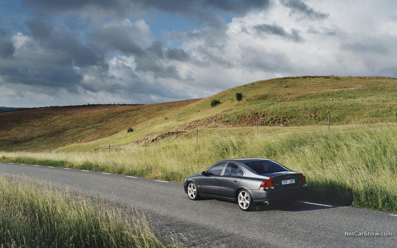 Volvo S60 R 2003 268f805f