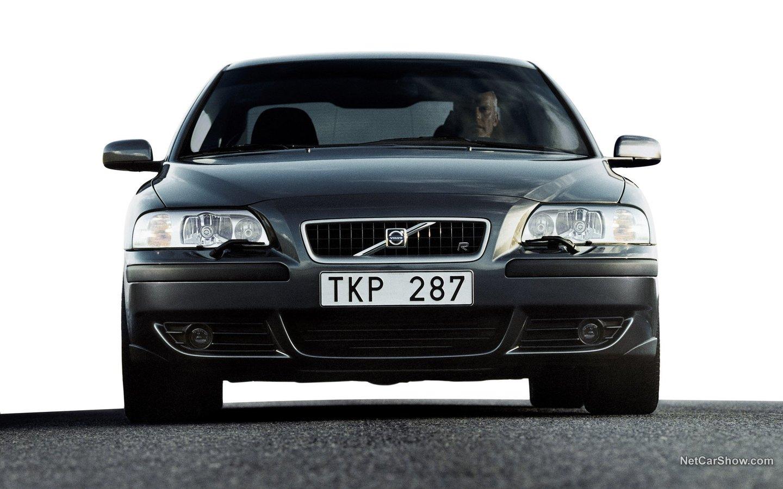 Volvo S60 R 2003 45de822c