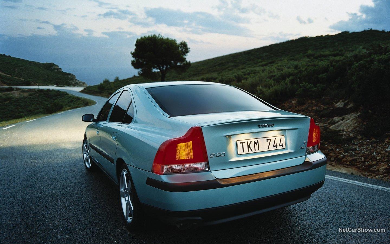 Volvo S60 R 2003 504fe3a2