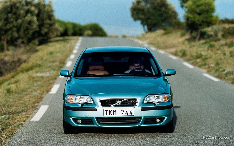 Volvo S60 R 2003 8b55ee6b