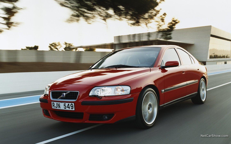 Volvo S60 R 2003 8db28c85