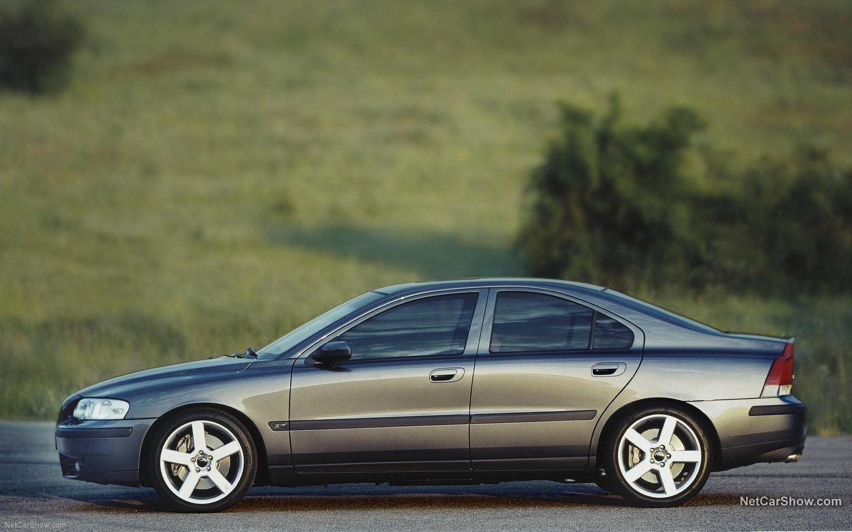 Volvo S60 R 2003 e8c8122f