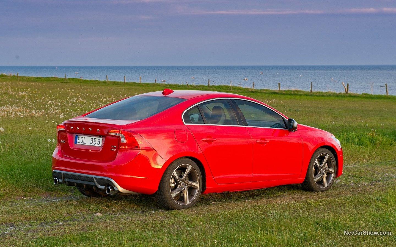 Volvo S60 R-Design 2011 69220a5d