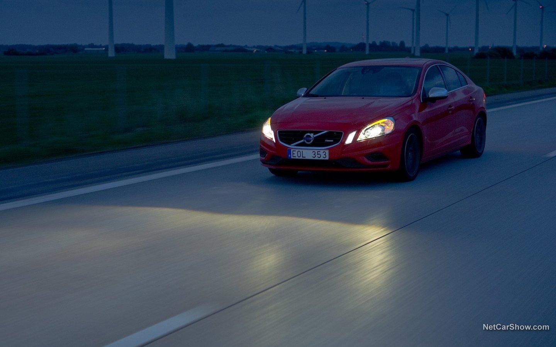 Volvo S60 R-Design 2011 880f825a