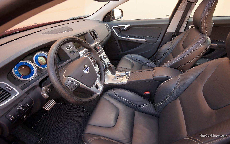 Volvo S60 R-Design 2011 bc2fa076