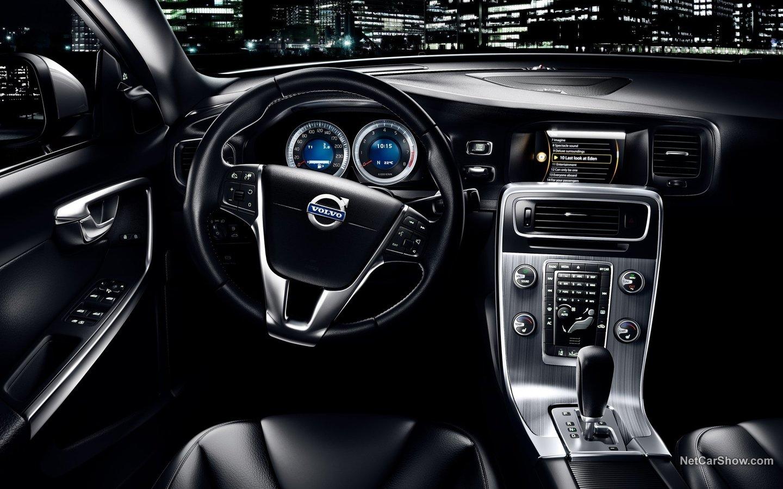 Volvo S60 R-Design 2011 bd5f27ea