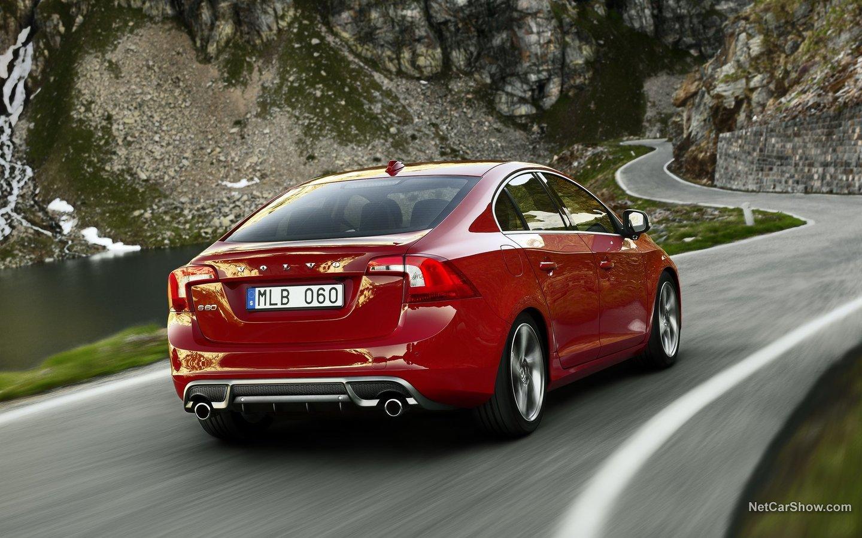 Volvo S60 R-Design 2011 c791044f