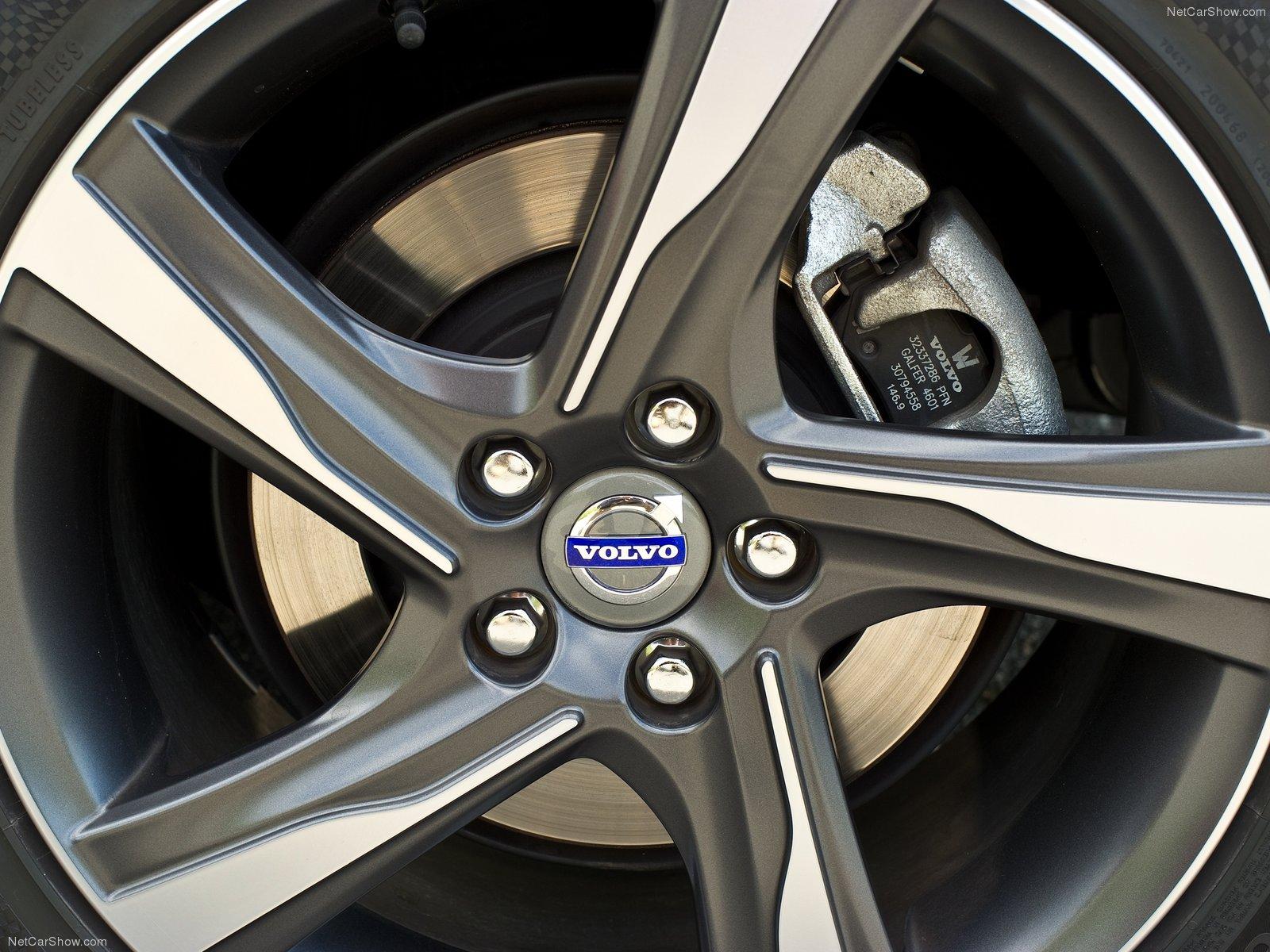 Volvo S60 R-Design 2011 Volvo-S60_R-Design-2011-1600-35