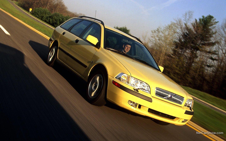 Volvo V40 2001 66ced0c1