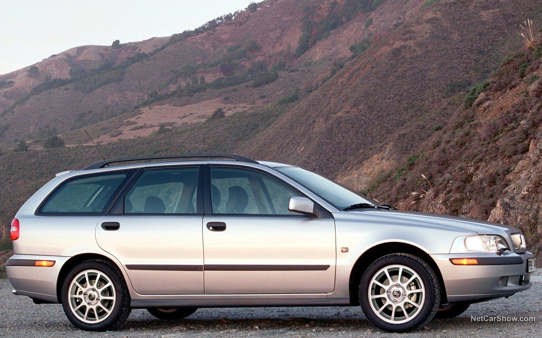 Volvo V40 2001 8dd382ed
