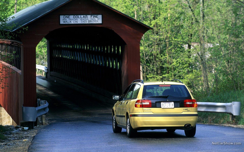 Volvo V40 2001 9d449b4a