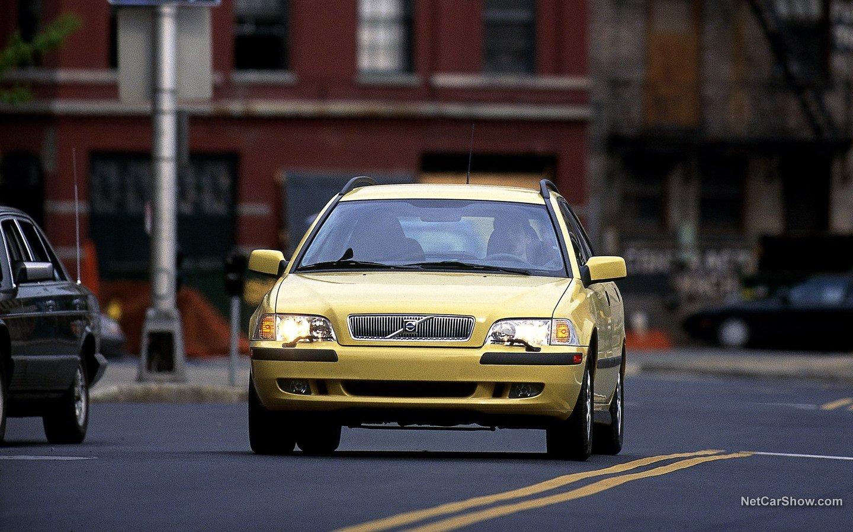 Volvo V40 2001 e19b9e8a
