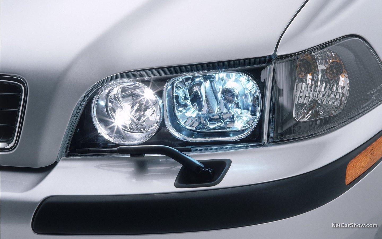 Volvo V40 2004 9ab62043