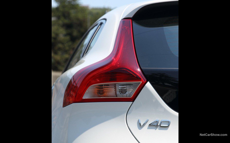 Volvo V40 2013 04b33c98
