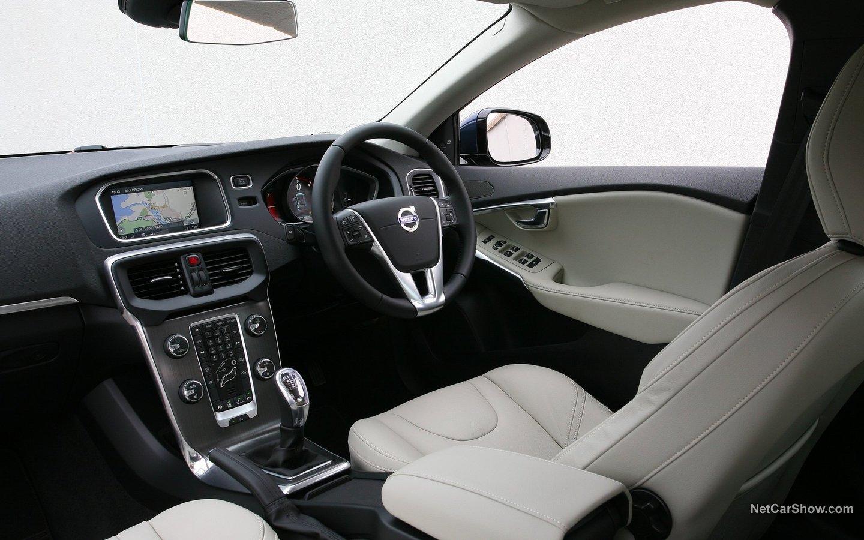Volvo V40 2013 673d61cc
