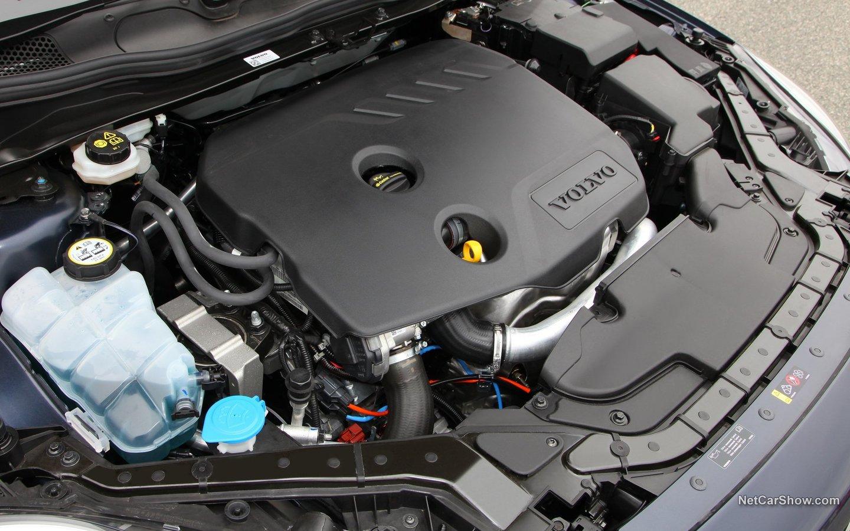 Volvo V40 2013 93a33d16