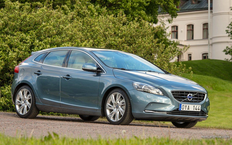 Volvo V40 2013 eaa618b9