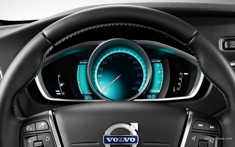 Volvo V40 Cross Country 2013 d4e5c3d7